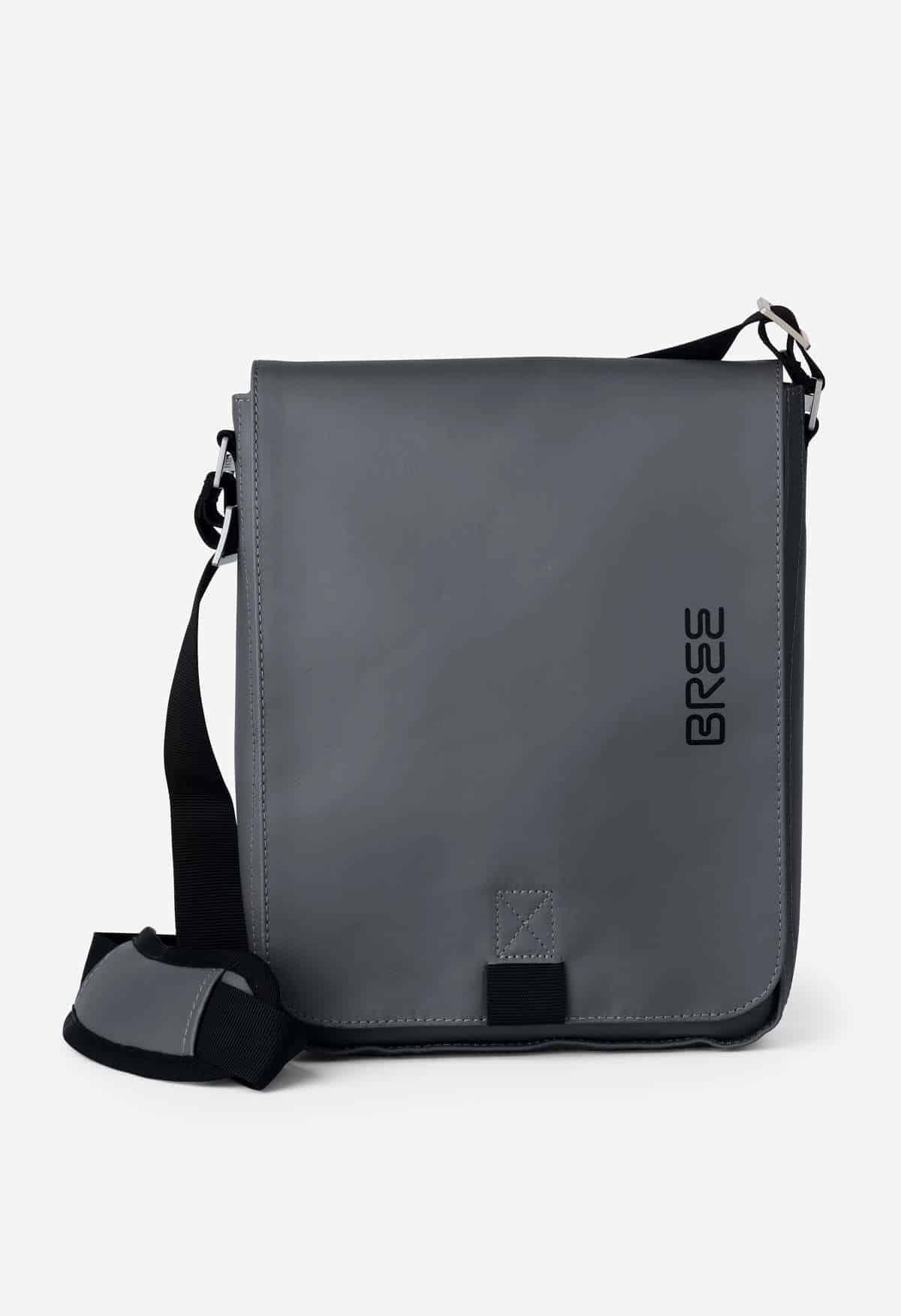 83f02f3a037b2 BREE Punch 52 Messenger Tasche - stylekrone.com