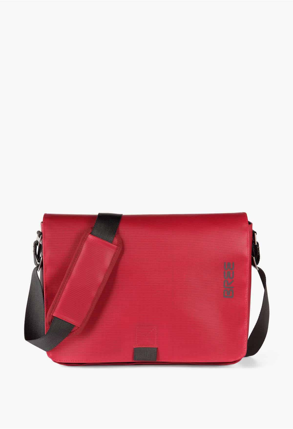 BREE-Punch-62-Messenger-Tasche-red-rot