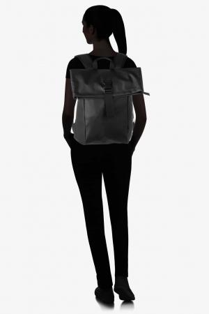Bree-Punch-92-Rucksack-black-schwarz-83900092 auf dem Rücken getragen